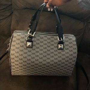 Michael Kors LG Duffle Satchel Bag